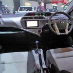 人気のトヨタアクアの運転しやすさは?サイズや運転席等をチェック!