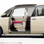 トヨタポルテはママにも優しい?運転席や二列目、荷室の使い勝手をチェック!